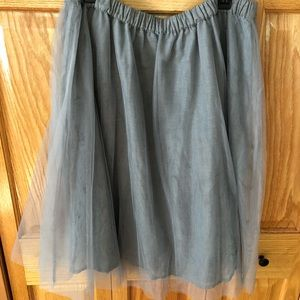 Lauren Conrad grey tulle skirt